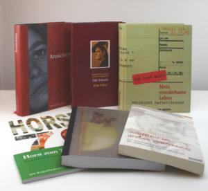 Eine Reihe bereits von der Biografiewerkstatt ersteller Bücher